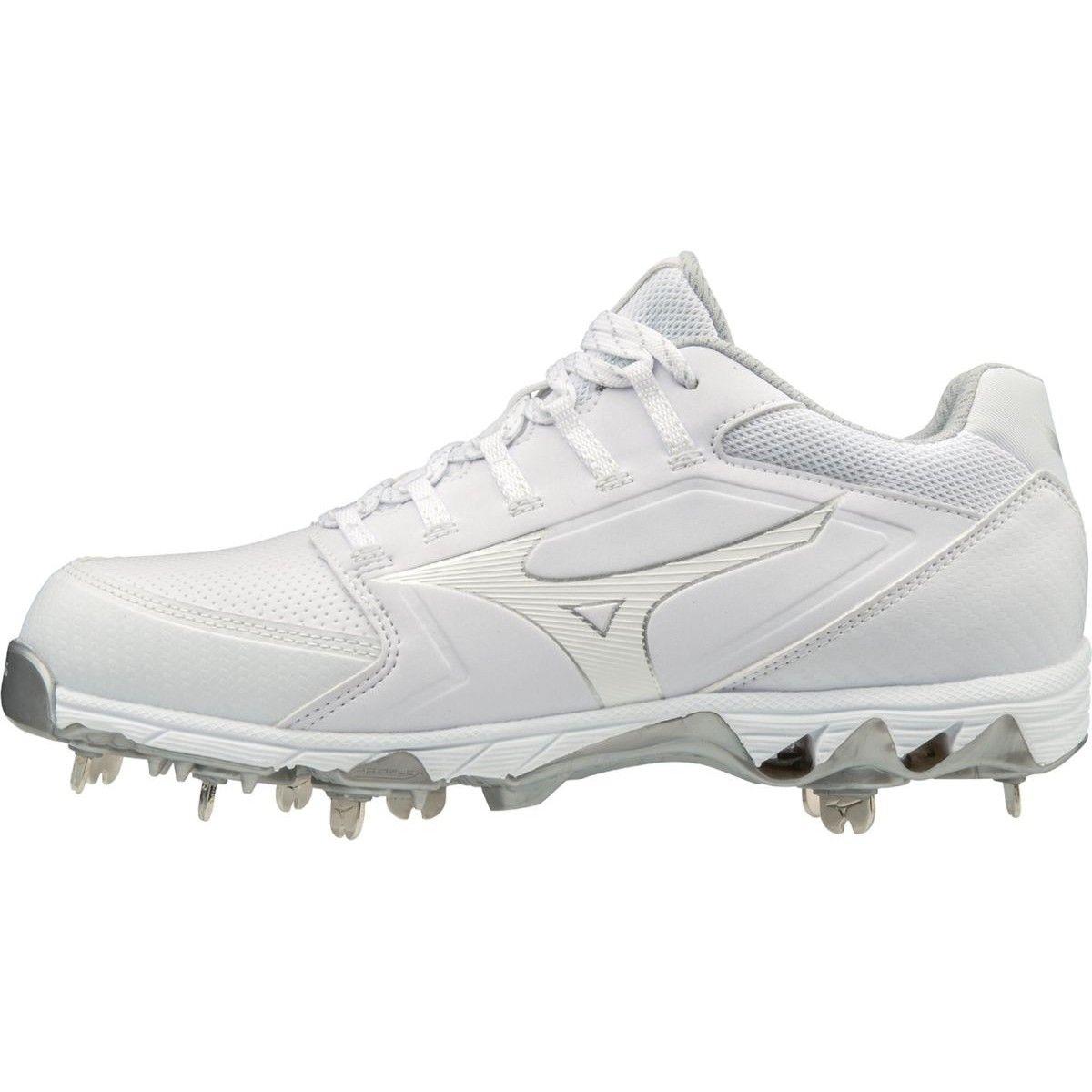 white and black mizuno softball cleats
